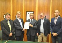 Uebergabe-Kooperationsvereinbarung-16-08-01-1