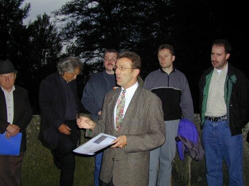 Mit im Bild v.l.n.r. Stadtbaumeister Karl Zintl, Dr. Klaus Arbter, Thomas Pilz, JU-Vorsitzender Stefan Steinhauser und Alois Kraus.
